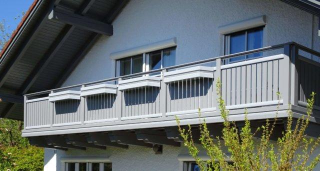 Einfamilienhaus mit Alu Classic Vilshofen Balkongeländer
