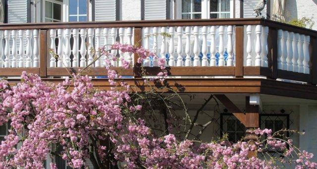 balkongelaender holz classic augsburg 1a